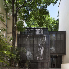 Contemporary Exterior by Moussafir Architectes