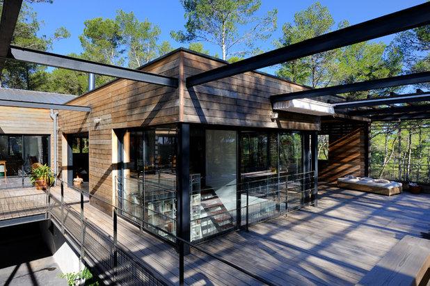 architecture une superbe maison contemporaine de bois et d 39 acier. Black Bedroom Furniture Sets. Home Design Ideas