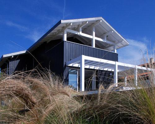photos d 39 architecture et id es d co de fa ades de maisons bord de mer. Black Bedroom Furniture Sets. Home Design Ideas
