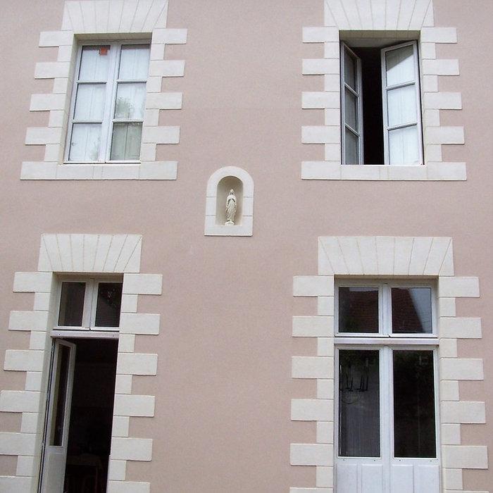 Restauration de la façade et des ouvertures d'une maison de ville