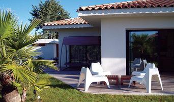 Villa contemporaine à étage partiel