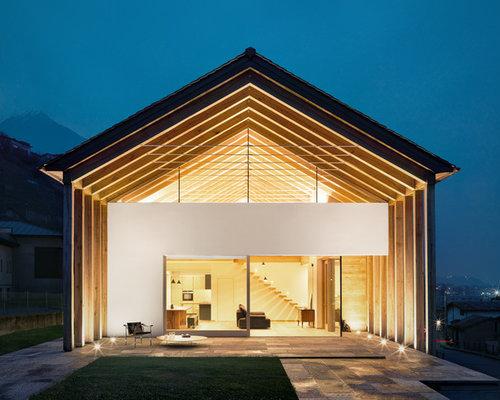 Foto e idee per facciate di case facciata di una casa for Casa moderna torino