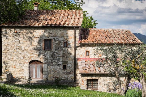 In Campagna Facciata by Massimo Mantovani fotografo
