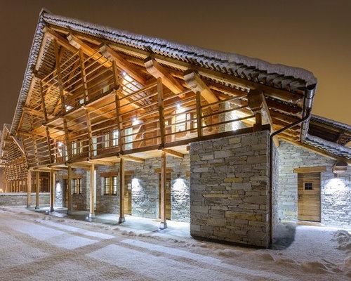 Foto e idee per facciate di case facciata di una casa in for Immagini di case di montagna