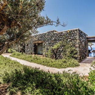 Foto della facciata di una casa mediterranea