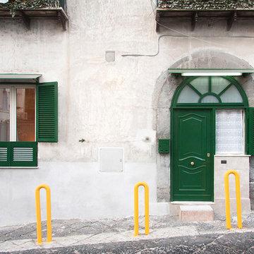 L'ingresso alla casa dall'esterno [S.Eframo lovely house bnb]