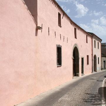 Recupero di una casa tradizionale in mattoni di terra cruda in Sardegna