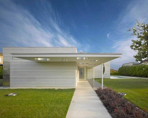 Idee e foto di facciate moderne for Casa moderna bianca