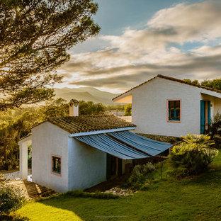 Ispirazione per la facciata di una casa mediterranea