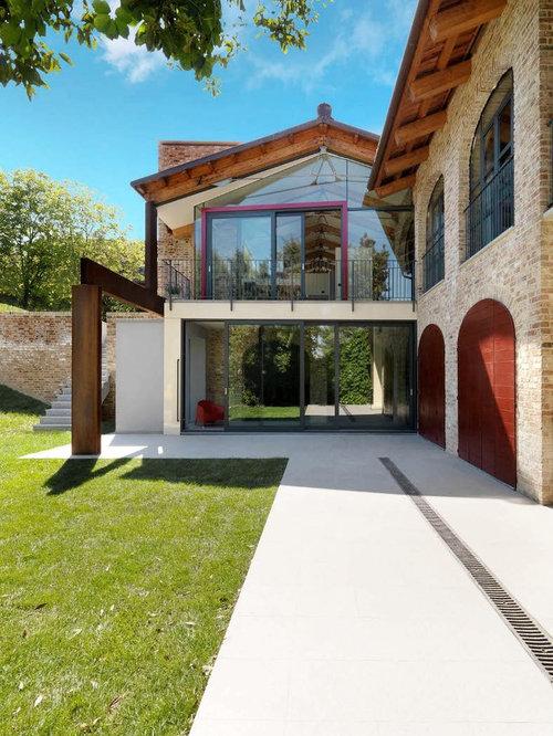 Foto e idee per facciate di case facciata di una casa for Progetti di piani di casa con foto