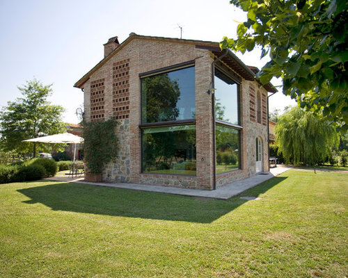 Foto e idee per facciate facciata di una casa for Progetti di piani casa fienile