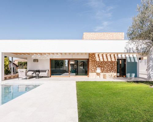Good idee per la facciata di una casa bianca a un piano - Quanto costa costruire una casa al grezzo ...