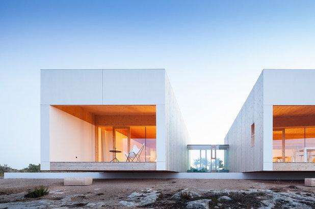 コンテンポラリー 家の外観 by Marià Castelló, Architecture