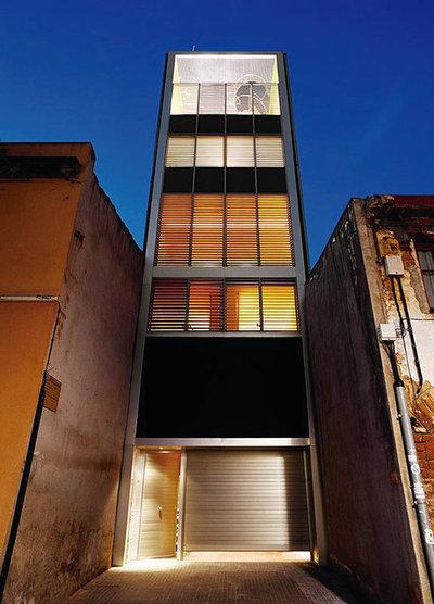 Casas houzz la vida en una casa de 6 plantas en sant cugat for Fachadas de casas de 5 metros de ancho