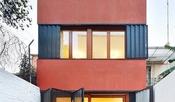 Casa patio vertical