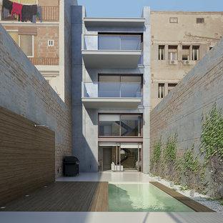 Diseño de fachada urbana de tamaño medio