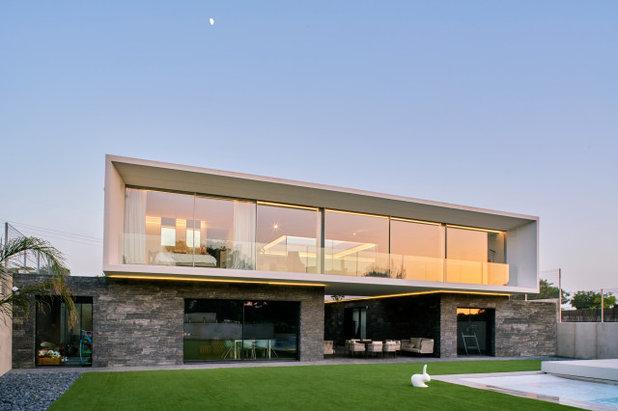 Contemporáneo Fachada by Casastar Construcciones