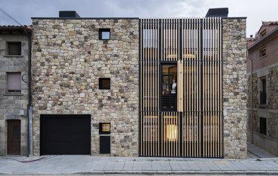 Houzz Испания: Дом с деревянной решеткой на фасадах