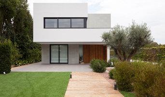 Vivienda unifamiliar con piscina en Valencia