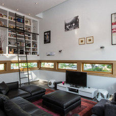 Contemporary Family Room by Chris Pardo Design - Elemental Architecture