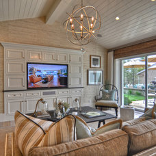 Beach Style  by Spinnaker Development