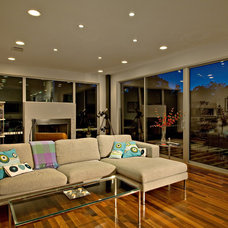 Modern Family Room by Foursquare Builders
