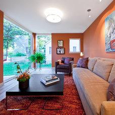 Contemporary Family Room by Quartersawn Design Build