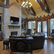 Traditional Family Room by Larry Stewart Custom Homes