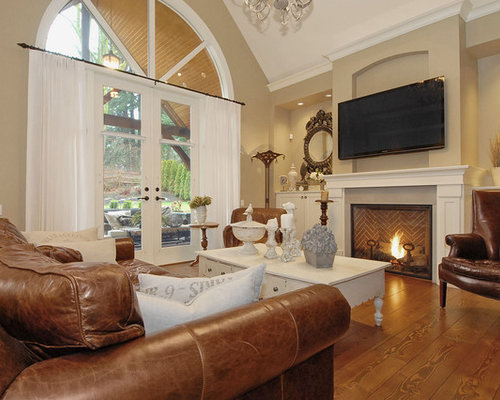 Distressed Leather Home Design Ideas Renovations amp Photos