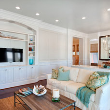 Tropical Family Room by Emerald Coast Real Estate Photography