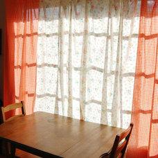Midcentury Family Room by Lola Nova