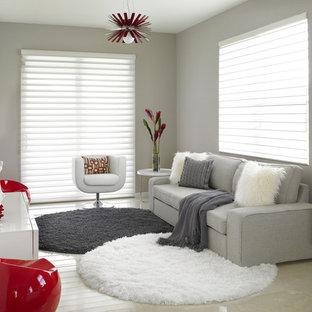 Ejemplo de sala de estar contemporánea, grande, con suelo de mármol