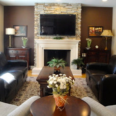 Traditional Family Room by Inviting Interiors
