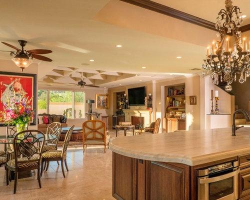 Wohnzimmer mit Marmorboden und gelben Wänden Ideen fürs Einrichten ...