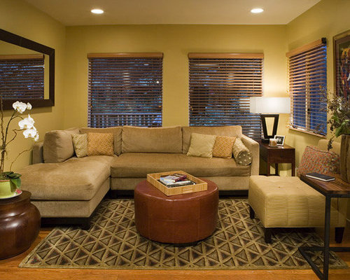 Decorating a small family room houzz - Room design for small space plan ...