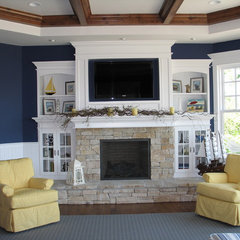 traditional family room by Geneva Cabinet Company