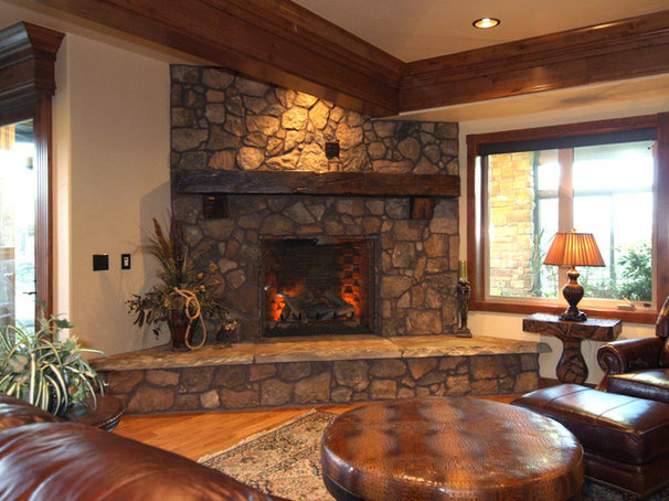 Traditional Family Room by Olde Wood Ltd.