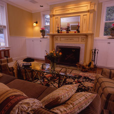 Traditional Family Room by Penza Bailey Architects
