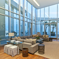 contemporary family room by arthurmclaughlin
