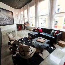 Contemporary Family Room by Errez Design Inc.