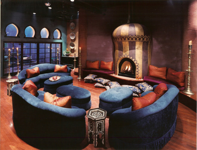 Eclectic Family Room by Louie Leu Architect, Inc.