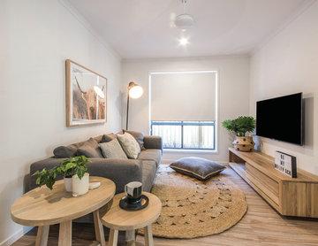 Aura Display Home