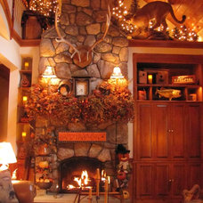 Traditional Family Room Autumn Living