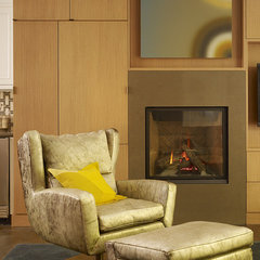 contemporary family room by Steven Miller Design Studio, Inc.