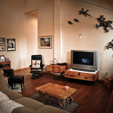 Traditional Family Room by DC Building