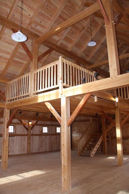 Farmhouse Family Room by Black Dog Timberworks LLC