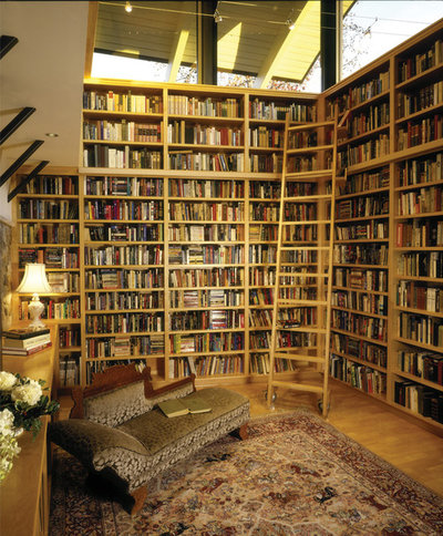 24 Amazing Walls of Books