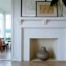 Traditional Family Room by Rill Architects