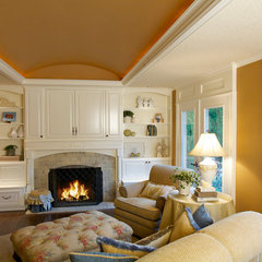 traditional family room by DreamBuilder Custom Homes