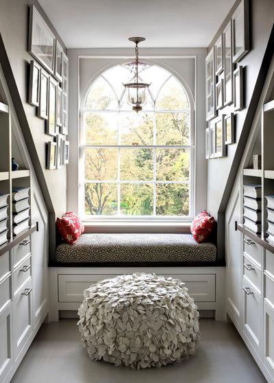 Klassisch Wohnzimmer by Payne | Bouchier Fine Builders